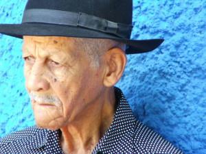 old-man-1560302-640x480